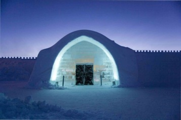 Canadian artic-wall-ice-hotels